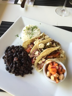 Veggie tacos with black beans